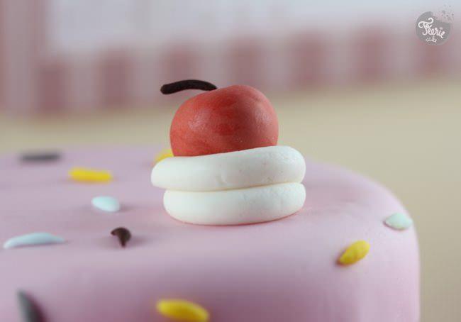 dripping fondant cake 7