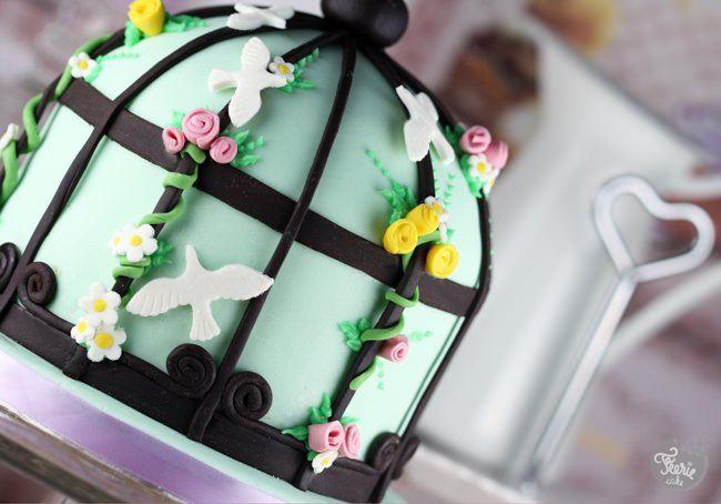 birdcage cake 2