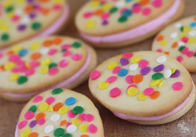 Funfetti cookies sandwich