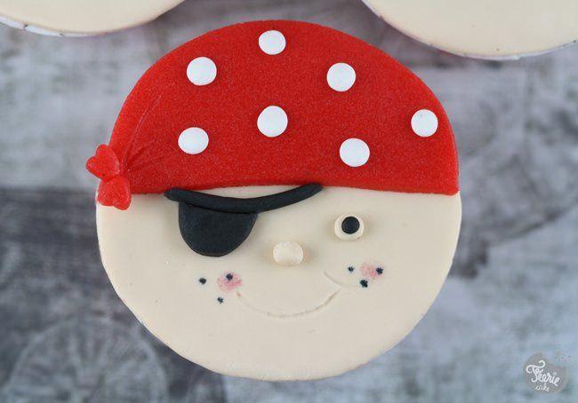 pirates cupcakes 1