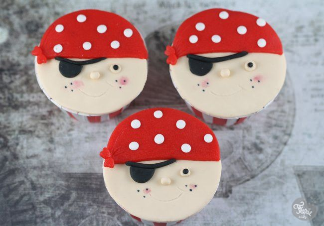 Attaque de (cupcakes) pirates !