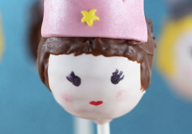 princess cake pops 2