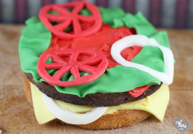 burger cake 4