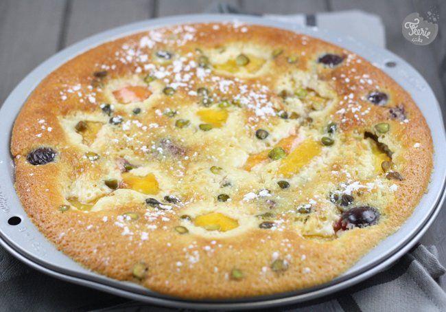 Clafoutis pêche-cerise-pistache... et amande!