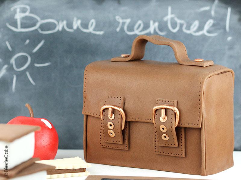 Tuto Recette Cake Design : Cartable d'écolier en pâte à sucre