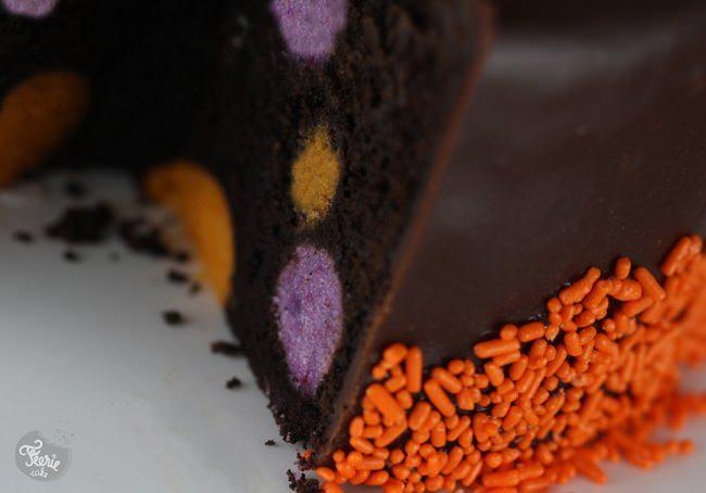 halloween pop cake 8