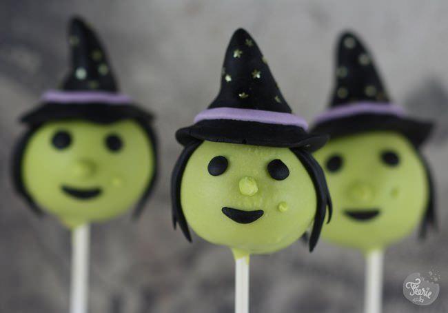 Une sorcière cake pop pour Halloween