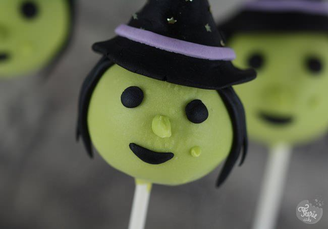 witch cake pops 2