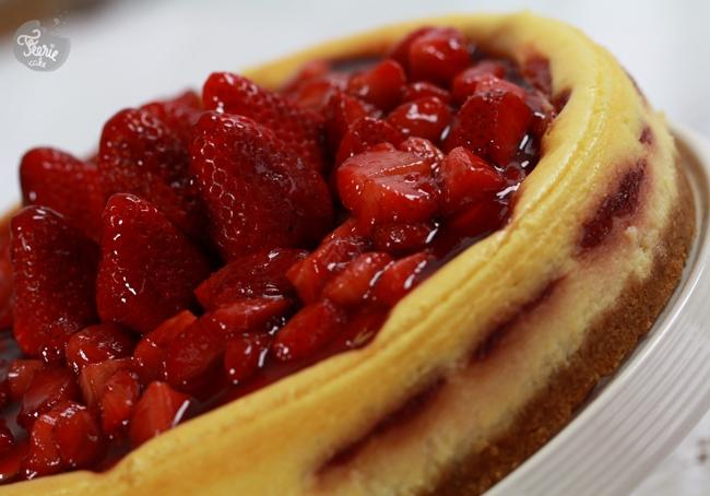 Cheesecake au chocolat blanc et à la fraise