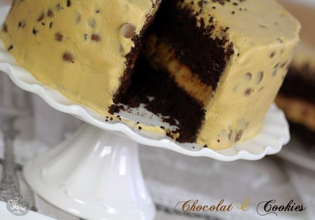 Gâteau au chocolat et à la pâte à cookies
