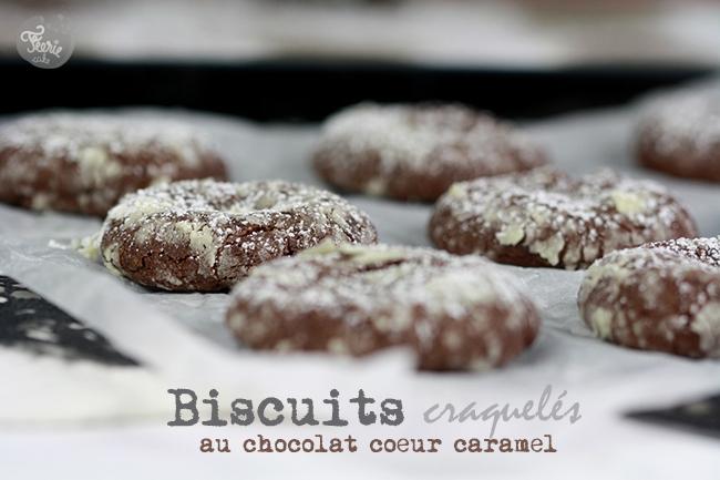Biscuits craquelés au chocolat coeur caramel