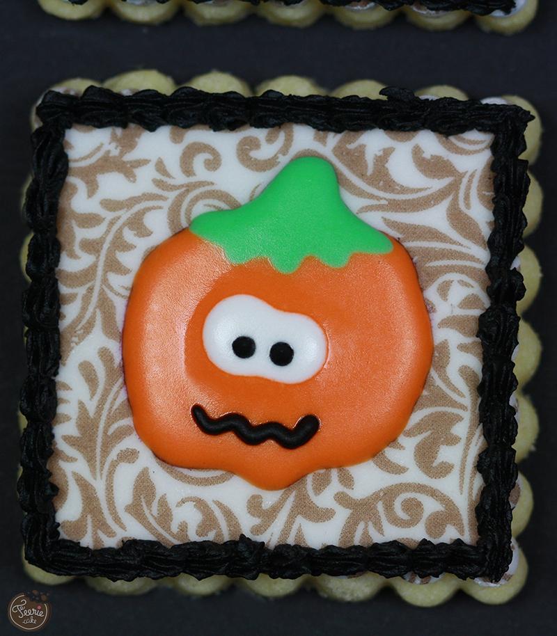 Biscuit décoré Halloween sur cadre