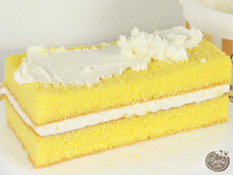 bedroom cake2