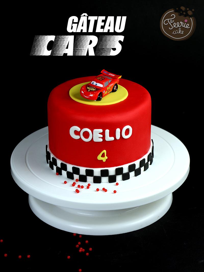 gâteau cars pâte à sucre rouge