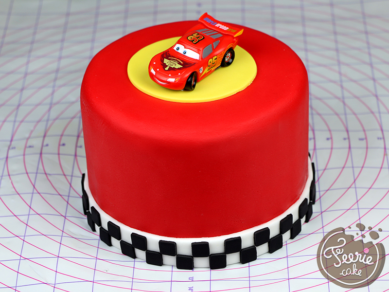 deco gateau flash mcqueen