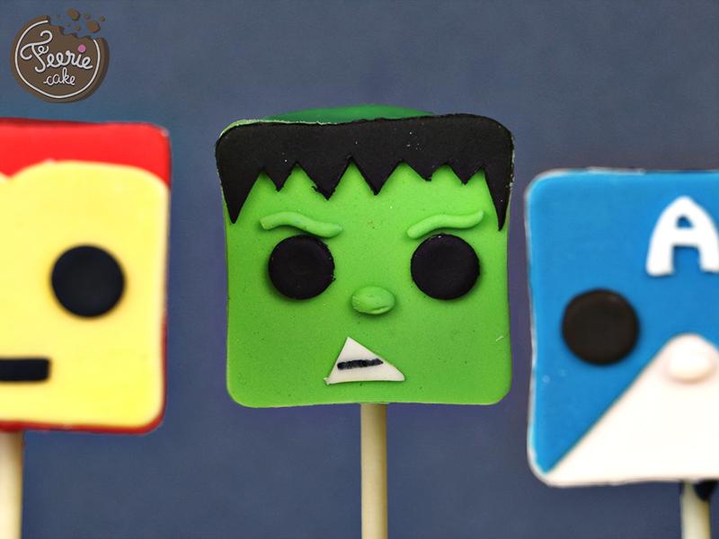 cake pops avengers hulk