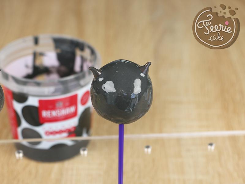 tuto cake pops chat noir 4