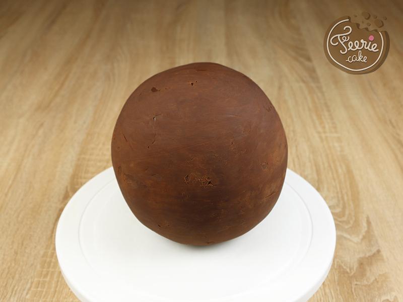 Pas_a_pas_BB8_cake_2