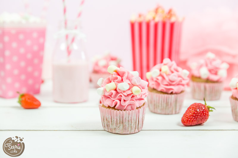 cupcakes rose fraise girly barbe à papa