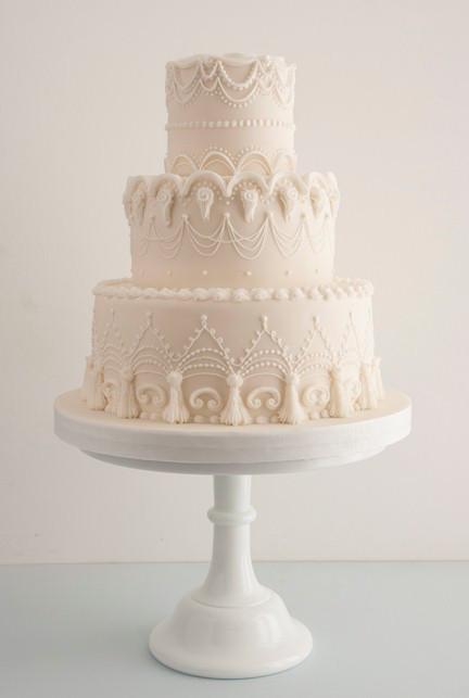 Glace royale wedding cake