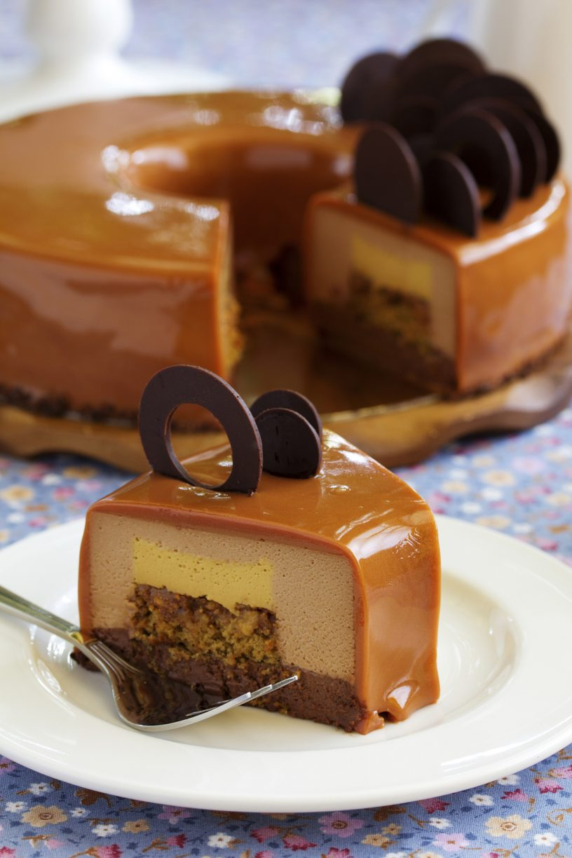 Caramel coffee cake in the mirror glaze.