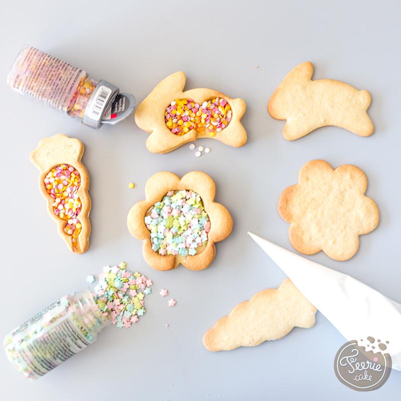 biscuits piñata assemblage