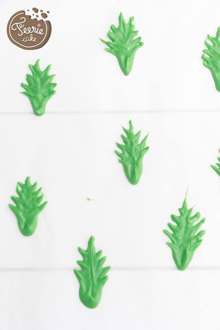 Dessinez des feuilles grâce aux candy melts verts