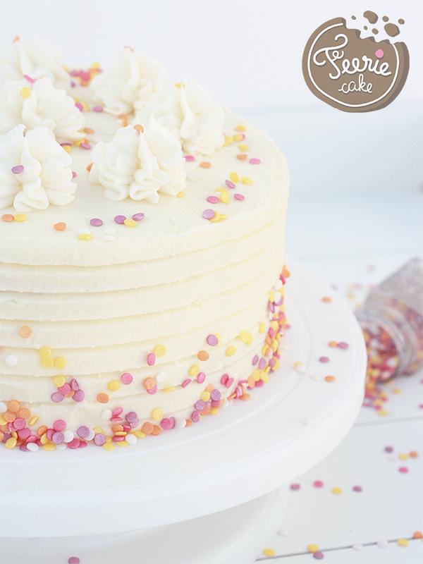 Layer cake printanier à la vanille
