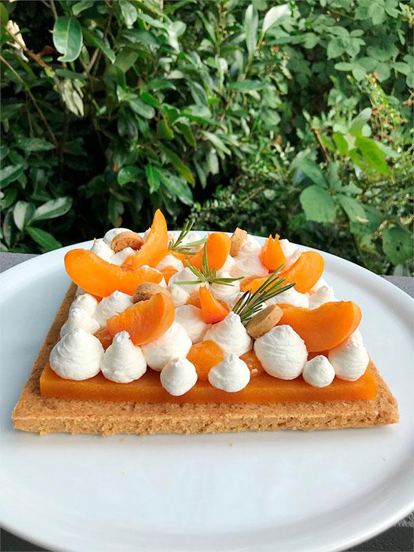 """Recette """"Tarte abricot et romarin"""" de la gagnante du concours Cake on the Beach"""