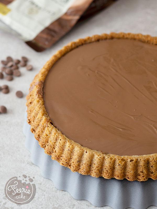 Recette tarte automnale aux noisettes, chocolat et pralin
