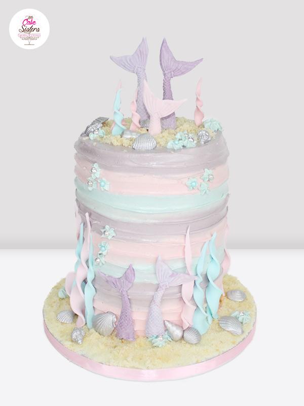 Résultat du gâteau en pâte à sucre sur le thème des sirènes
