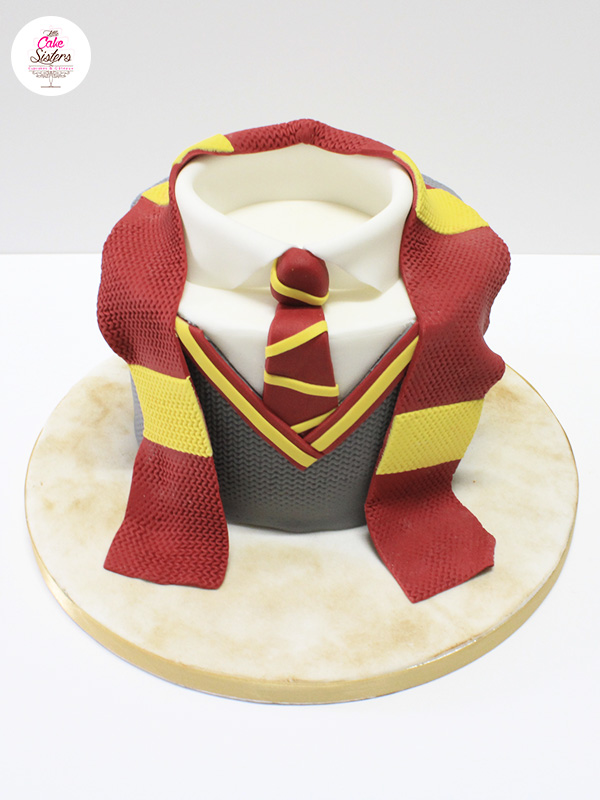 Etape du gâteau en pâte à sucre Harry Potter