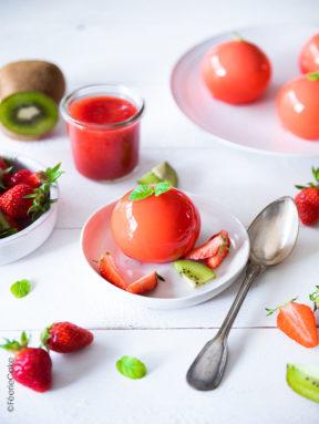 Bavarois fraise cœur coulant au kiwi