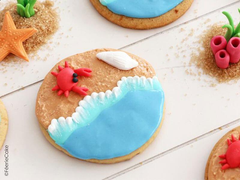 Biscuits sablés sur le thème estival : mer, plage et crabe