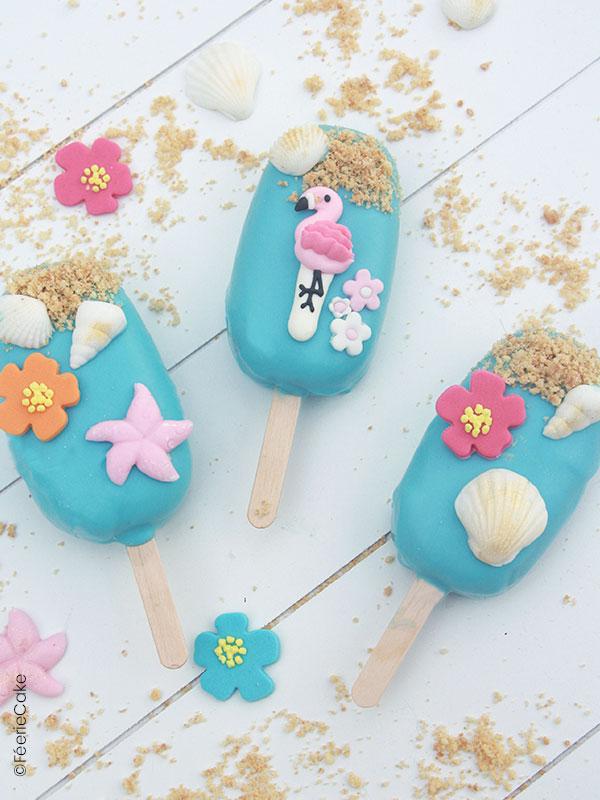 Recette gâteau Cakesicle, cake pops, thème flamants roses avec de la pâte à sucre