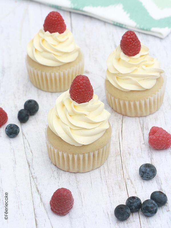 3 délicieux cupcakes végétaliens framboise