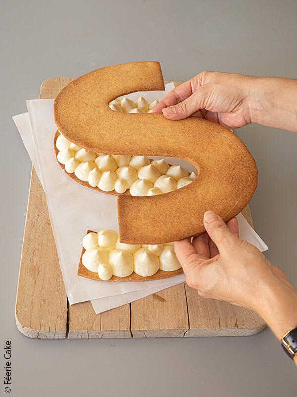 photo symbol sirene cake creme biscuit