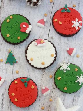 Biscuits décorés chocolat-menthe «bye 2020»