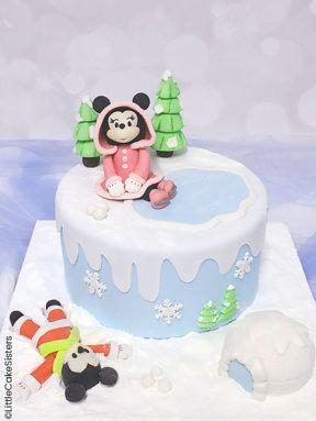 Le gâteau « Mickey et Minnie sous la neige » – tutoriel